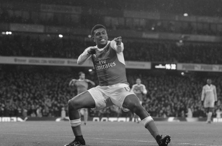Iwobi black and white